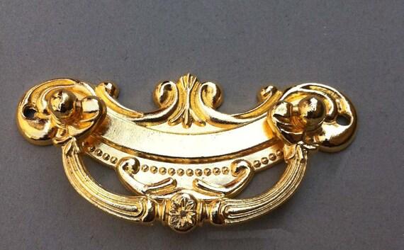 Renaissance golden pulls alloy bureau knobs by siberhardware for Knobs for bureau