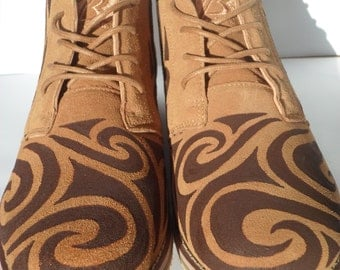 Made to Order. Hand painted Men's Tan Desert Boots with Psychedelic Bohemian Design. Size UK 9.