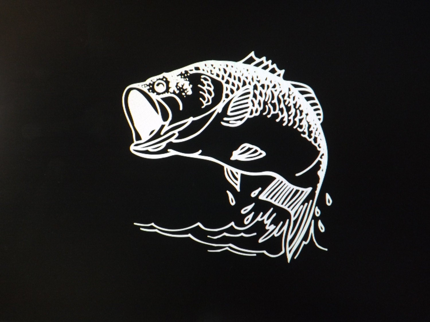 Bass fish vehicle walldecal sticker9 x 9avery for Bass fishing decals