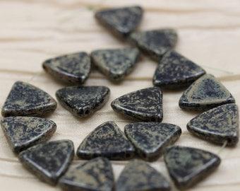 15pcs 12x12mm Jet Picasso Triangles Czech Glass Beads
