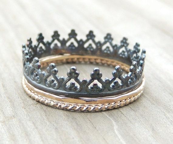 Black Crown Ring Set