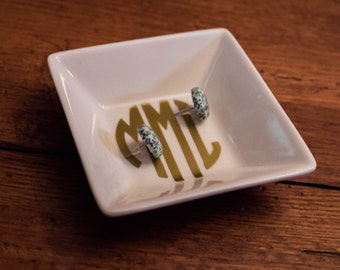 Monogrammed Jewelry Dish,Gold,Silver,Red,Sky Blue,Mint,Purple,Pink Monogram Catch All,Personalized Vinyl,Bridal Party Gift,Bridal Shower