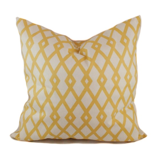 Yellow pillow cover Accent pillow Decorative pillow Sofa : il570xN709011329p045 from etsy.com size 570 x 566 jpeg 49kB