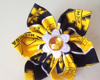 University of Michigan Dog Collar Flower for Dogs or Cats