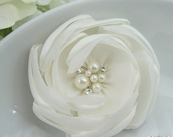 Bridal Hair Flower, Ivory Hair flower, rhinestone pearl wedding hair flower clip, wedding flower clip, ivory flower clip 204874897