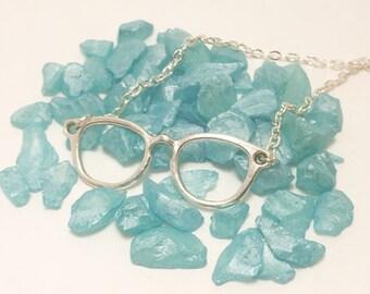 Glasses Pendant necklace