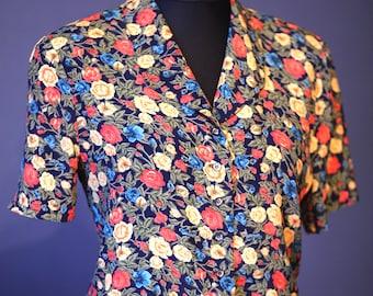 Vintage flowery blouse / Size M -L/ 80s