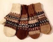 100% Alpaca Rustic Handknit Mittens with Incan Pattern, Pefect for winter.