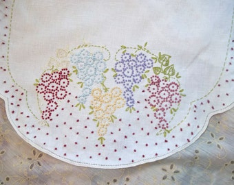 Vintage Cottage Chic~Embroidered Linen Table Runner