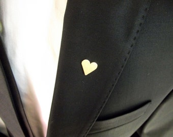Groom's boutonniere, tie tack, groom's pin, gentleman brooch, men accessories, suit pin, minimalistic lapel pin,  wedding heart boutonniere
