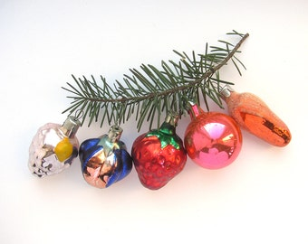 Soviet Christmas tree decoration, Set of 5, Small Glass Christmas pine cone ornament, New Year, Russian Toy, USSR, Soviet Union, 1970s