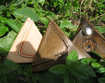 Triangular Coin Pouch handmade from 100% cowhide leather