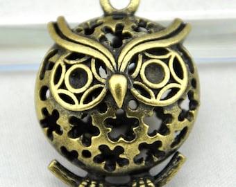 2pcs Antique Bronze Filigree 3D Owl Charm Pendants ---28x35mm ----G00103