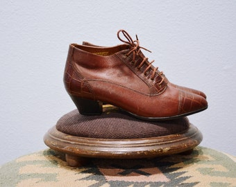 80s does 40s Brown Leather Brogue Booties