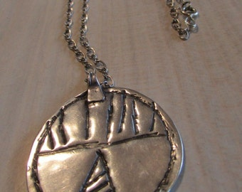 Round Silver Pendant on Link Silver Chain