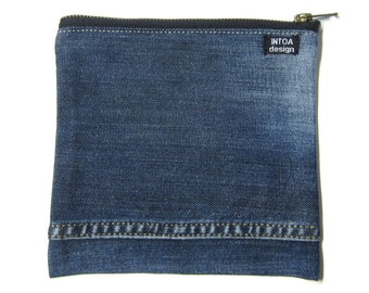 Pouch of recycled jeans, 18 x 18 cm
