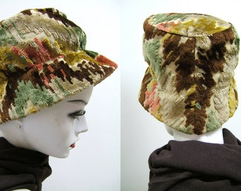 Vintage 1960s Cloth Hat | Colorful Hat, Pink Brown Green and Ochre | Mod Hat