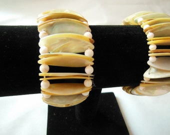 Natural Shell Bracelet Mother of Pearl Bracelet Stretchy