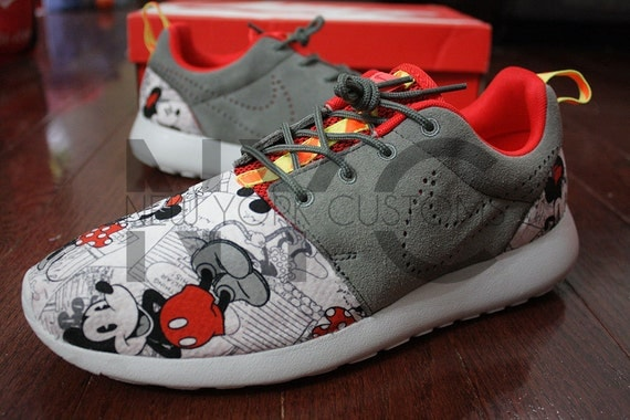 ztcwp Nike Roshe Run Challenge Red Mickey & Minnie Vintage by NYCustoms