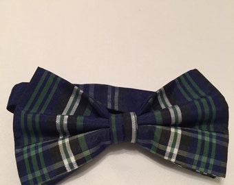 Plaid Navy Blue, Green, Black and Silver Pretied Bow Tie.