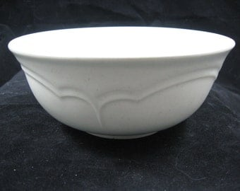 Pfaltzgraff Heirloom Pattern 6 inch Soup/Cereal Bowl no decal Made In USA