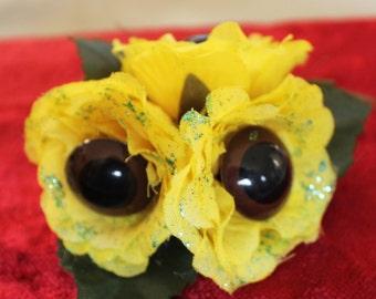 Yellow  Eyeball Flower Hair Clip