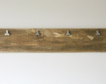 26 Inch Stained Pallet Display Board