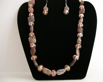 Agate Stone & Crystal Earrings and Necklace Set