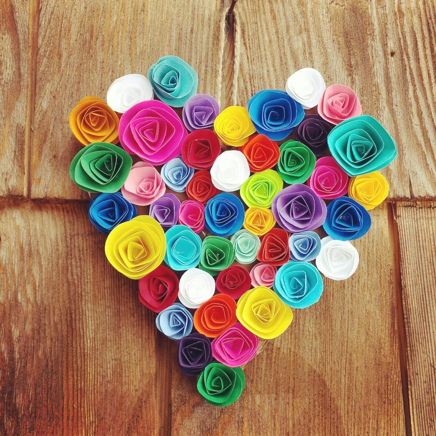 Paper flowers hanging rainbow heart handmade decoration rose for Handmade things for decoration
