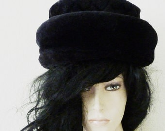 Faux Fur Winter Hat black