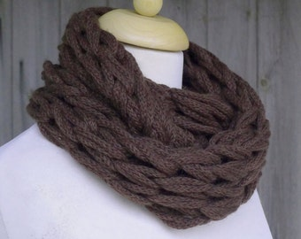 Merino Snood: chocolate brown