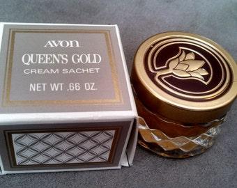 Vintage Avon Queens Gold Cream Sachet .66 oz New in Box