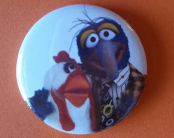 """Gonzo and Camilla  The Muppet Show  1"""" pin back button"""