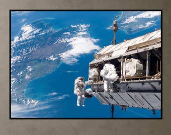 Space Walk, ISS, Earth