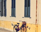 Digital photography download - Streets of Tuscany - Travel Photography - Vintage bicycle