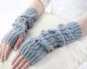 Light Gray Fingerless Mitten Cable Knit Fingerless Glove Pattern 100% Acrylic Christmas Glove Solid Knitted Hand Warmer 3 Available Colors