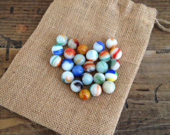 Vintage 25 White Swirl Marbles with Burlap Bag Toys/Games M538-3