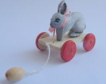 Dollhouse miniature 1:12 pull-along toys rabbit Bunny pull toy bear and Doll Toy