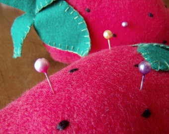Strawberry pincushions, strawberry Pincushion OUTLET/SALE -15%