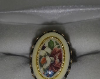 Flower Cameo Ring R 101