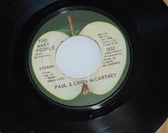 RARE PUAL McCartney typo  Beatles Apple Records Paul and Linda McCartney typo 45 Vinyl Uncle Albert Admiral Halsey on Too Many People PUAL