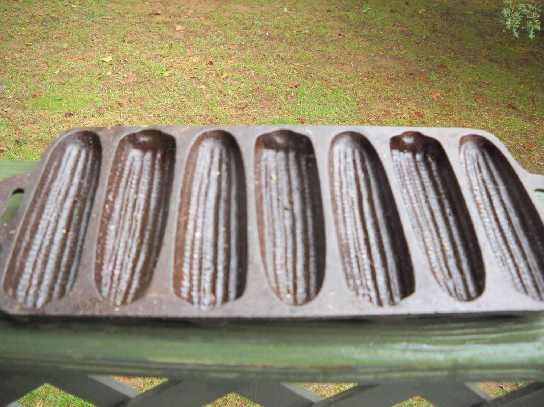 Vintage Cast Iron Cornbread Stick Pan Corn by sistersvintageattic