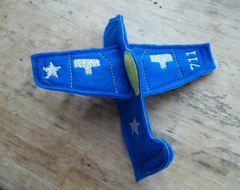 Felt Flying Airplane : Great Birthday gift or party favor. Better than a kite no string to tangle . Please choose color when ordering.