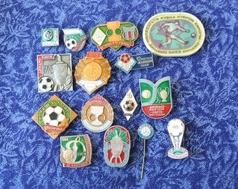 Football - Low price - Vintage badges pins - Superclub Dynamo Kiev