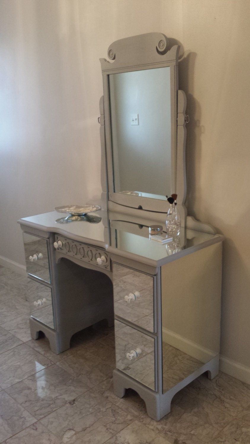 Mirrored Vanity Grey With Circle Overlay Classy 5 Drawer Desk
