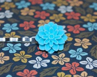 Silver Barrette - blue Dahlia