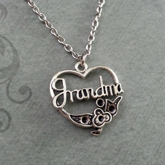 Grandma necklace small grandma pendant necklace mother 39 s for Grandmother jewelry you can add to