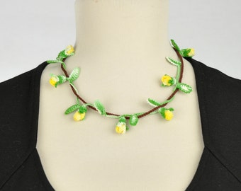 Yellow Rosebuds branch necklace