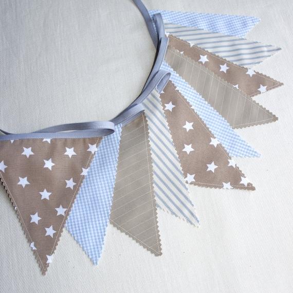 Guirlande de fanions banderole bleu ciel beige deco for Guirlande deco chambre bebe