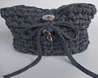 Crochet t shirt yarn bag/pouch dark blue.